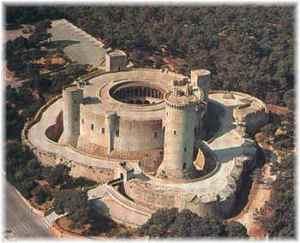 Panorámica áerea del Castillo de Bellver en Palma de Mallorca