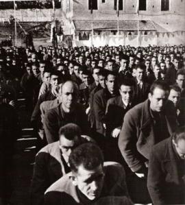 Presos en campo de concentración franquista