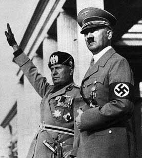 Mussolini junto a Hitler, máximos exponentes del fascismo