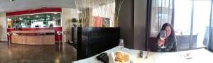 En el comedor de Es Molí d'en Bou podréis vivir esta experiencia gastronómica en un ambiente tranquilo, apacible y muy relajados... Y muy bien acompañados.