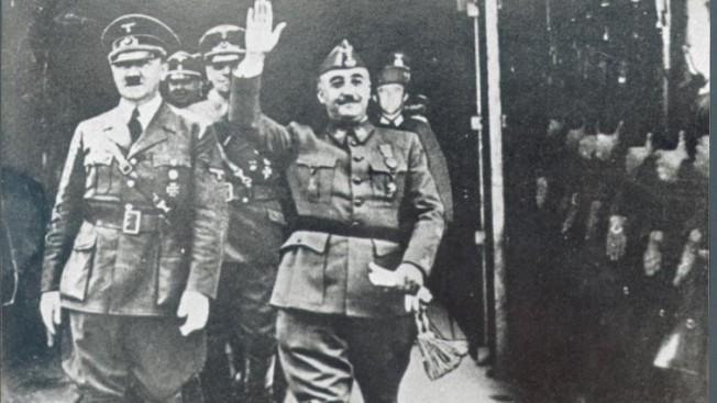 Hitler y Franco se reúnen en Irún.Hitler le pide apoyo para su invasión de Europa durante la II Guerra Mundial como contrapartida a su ayuda en la GC y como aliado.